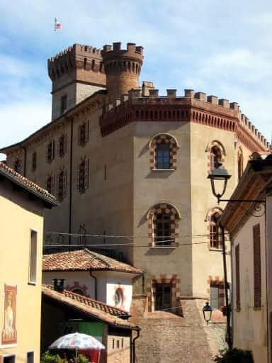 barolo-italy-church