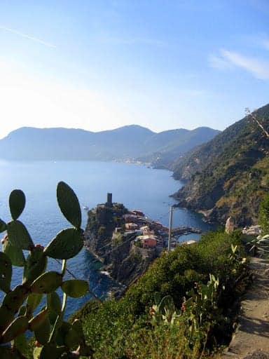 hike-to-vernazza-12