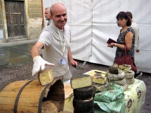 italian-cheesemaker