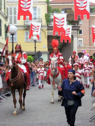 palio-di-asti-parade-4