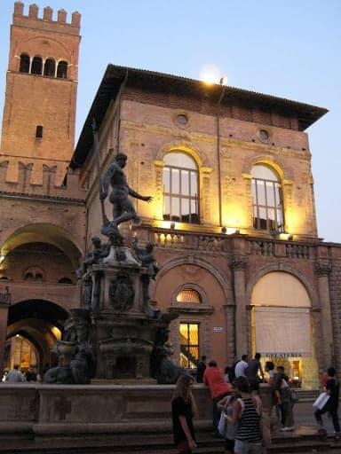Piazza Maggiore Neptune