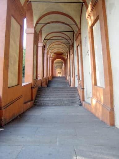 portico-di-san-luca