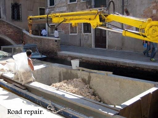 venice-road-repair-with-boat