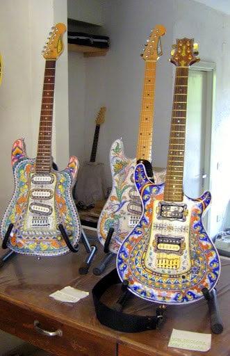 carlos-santana-deruta-guitar