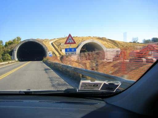 italy-road-construction-2