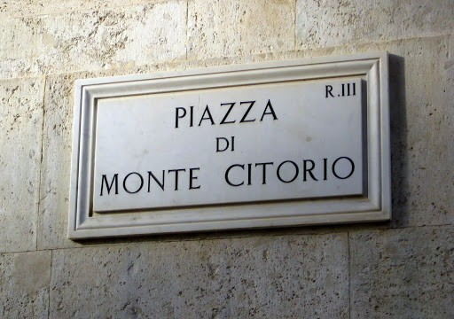piazza-di-monte-citorio