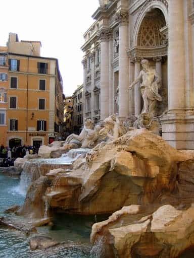 piazza-di-trevi-fountain-2