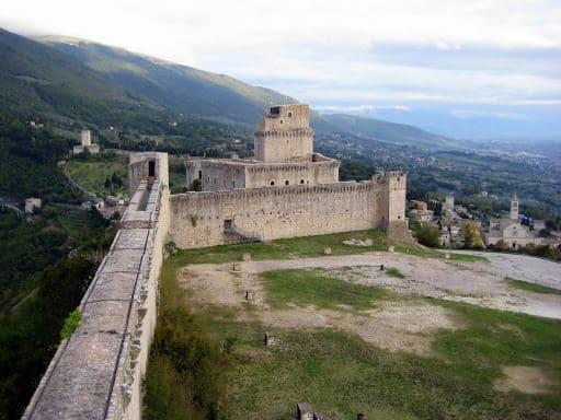 rocca-maggiore-assisi-italy-10