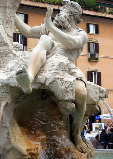 rome-statue-2