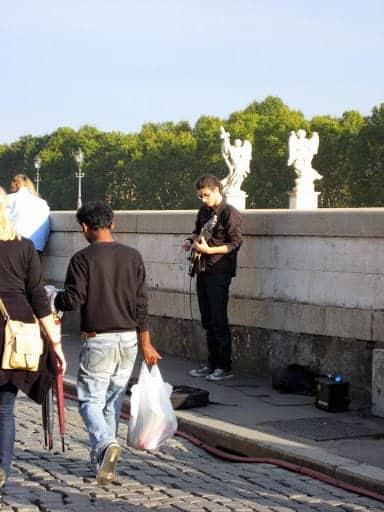 rome-street-musician-2