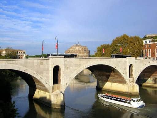 rome-tiber-river-3
