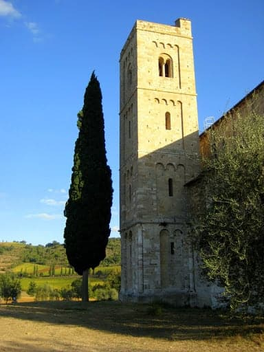 sant-antimo-italy-4