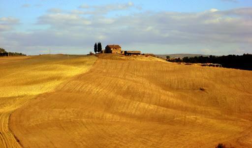 tuscan-countryside
