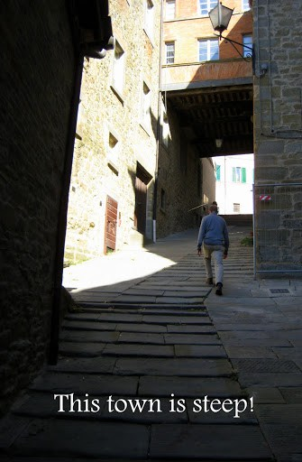 walking-around-cortona-4