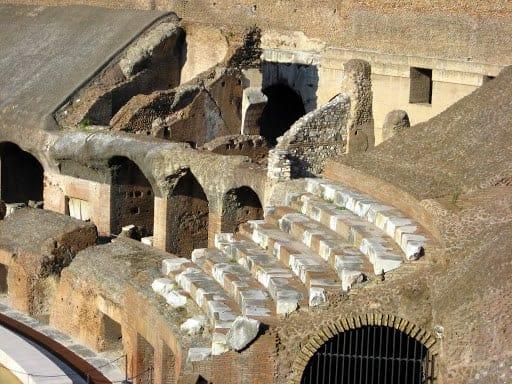 collosseum-ruin-rome-5