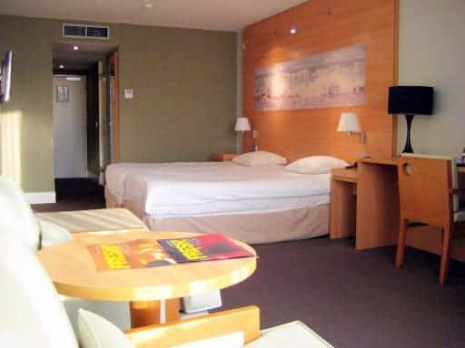 zandvoort-hotel-room