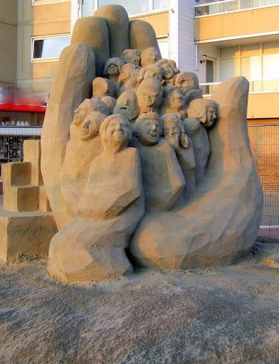 zandvoort-the-netherlands-sand-sculpture