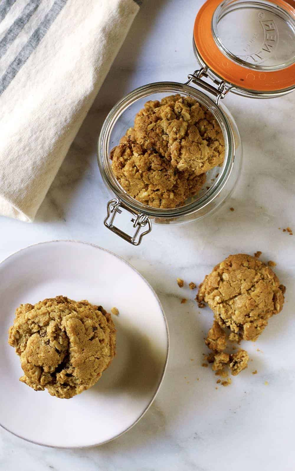 oatmeal-coconut-chocolate-chip-cookies-from-above