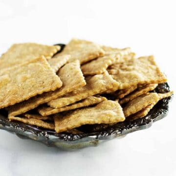Lavosh Crackers served on a silver plate
