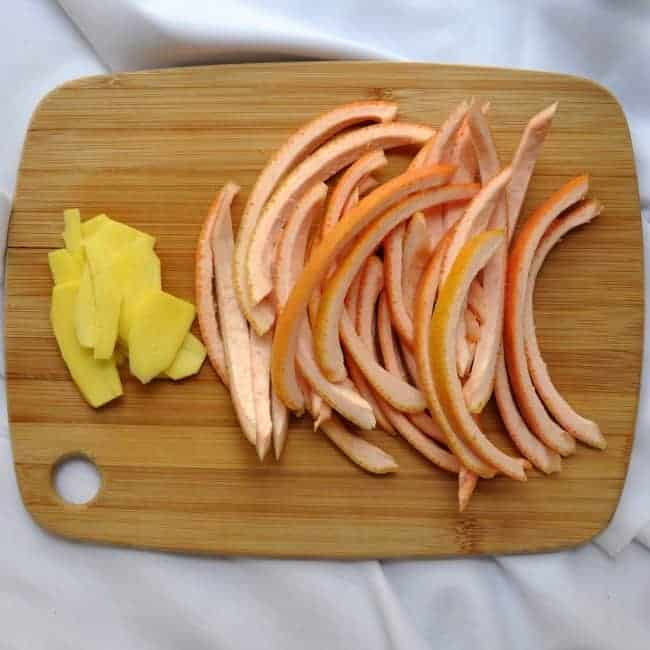 grapefruit peels and gingers lices