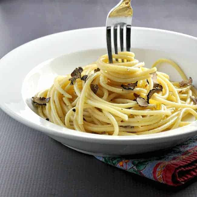 Bucatini-Truffle-Garlic-Anchovies