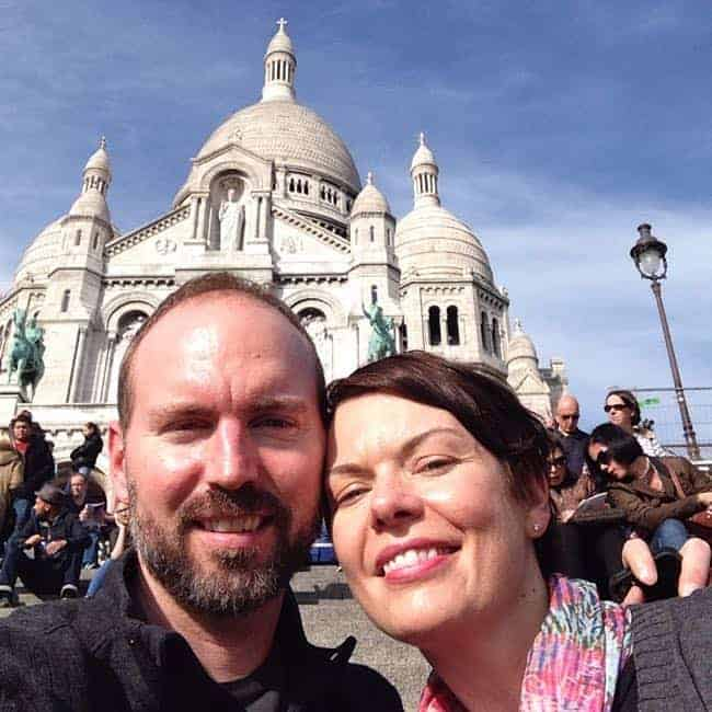 Keith and Marissa on the steps of Sacre Coeur