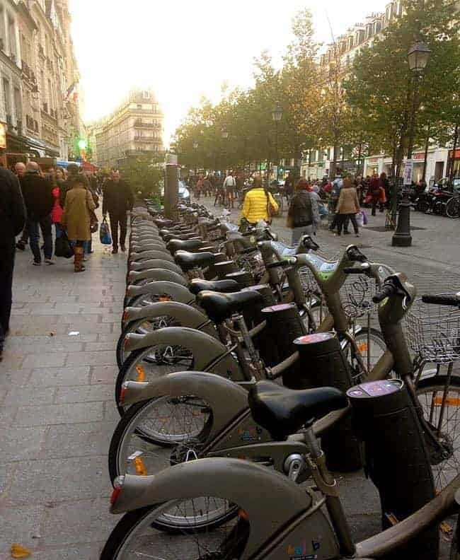 Velib full bike station