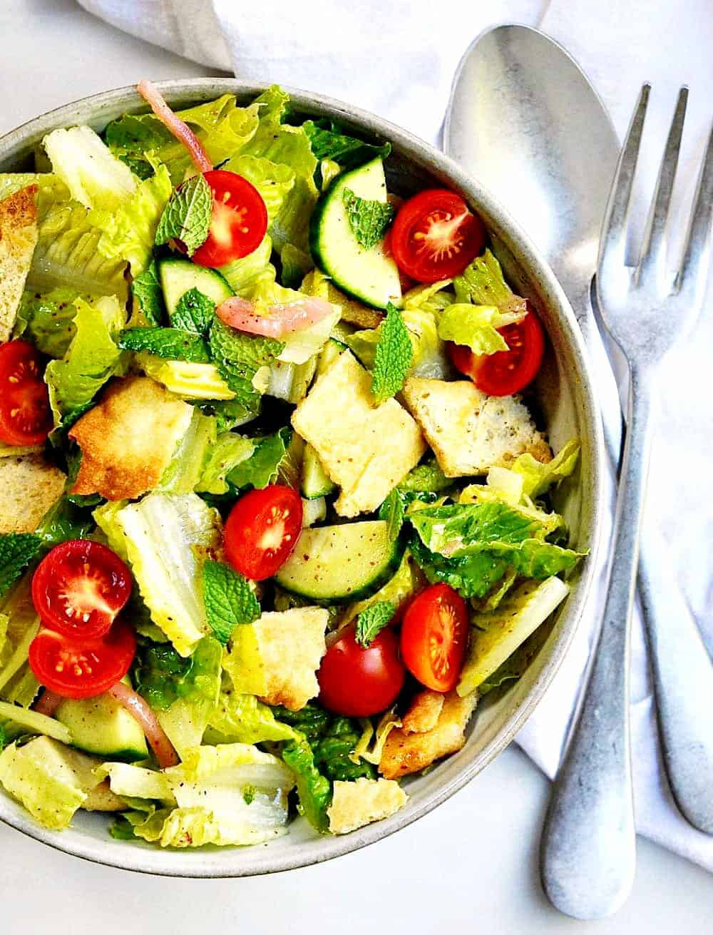 Lebanese-Fattoush-Salad-served in a ceramic bowl