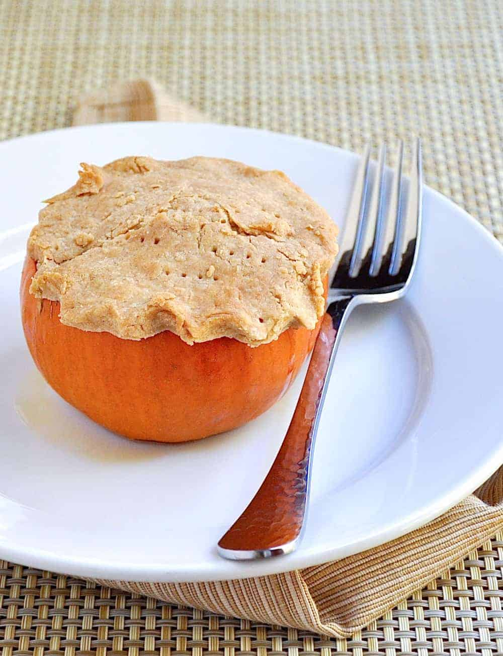 Mini Pumpkin Pies - a fun and festive individual dessert for the holidays!