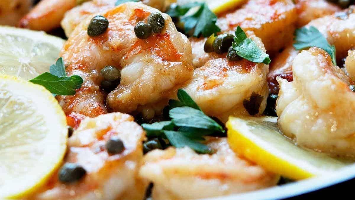 shrimp piccata ready to serve
