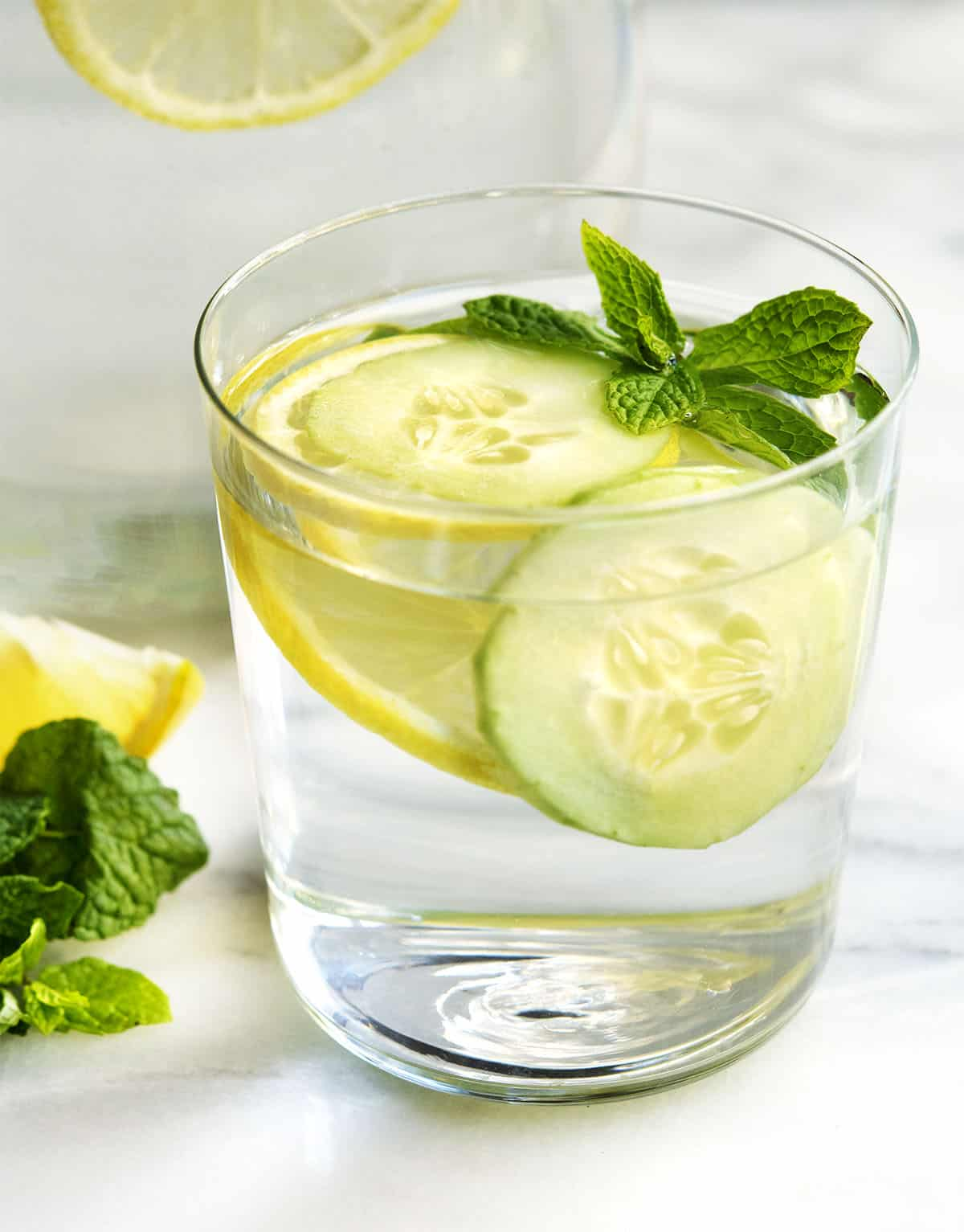 Cucumber Lemon Mint Water in a glass tumbler