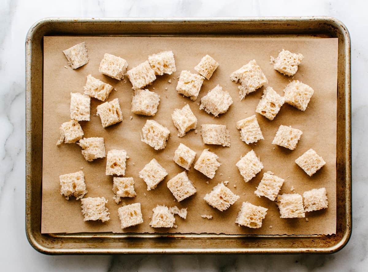untoasted bread cubes
